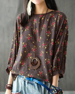 Floral 3/4 Sleeve Crew Neck Blouse
