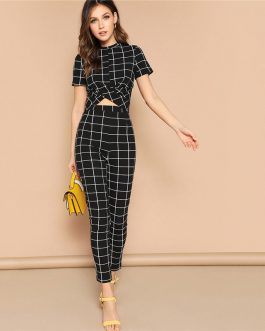 Women Short Sleeve Twist Front Grid Crop Top And Skinny Pants