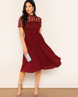 Women Mesh Insert Flower Applique Flare Plain Midi Dress