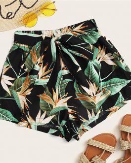 Women Tropical Print Belted Bohemian Shorts
