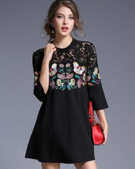 Lace Splice Crewneck Butterfly Embroidered Shift Dress