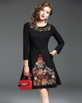 Casual O-Neck Slim embroidery Knee-Length Office lady dress