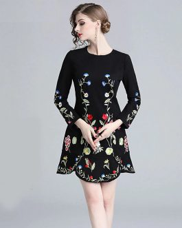Elegant Embroidery Vintage mini Bud dress