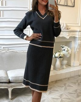 Elegant Pleated Sweater Dresses
