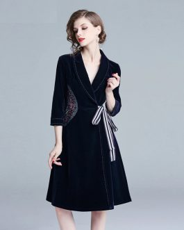 Embroidery Elegant Velvet Vintage short party dress