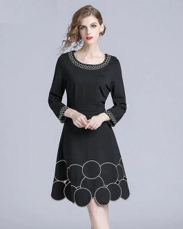 Vintage Embroidery O-neck long Sleeve Casual short dress
