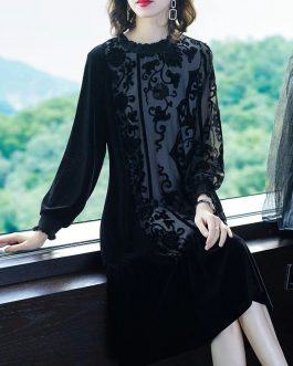 Elegant Loos Velvet Turtleneck Thick Party Dress