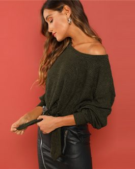 Elegant Round Neck Crop Pullovers