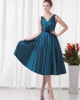Taffeta A Line Party Knee Length V Neck Cocktail Bridesmaid Dress With Flower