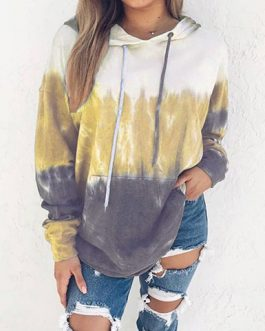 Three-Color Long Sleeves Hooded Sweatshirt