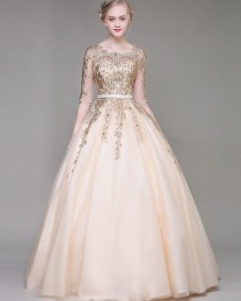 Luxury Lace Embroidered Beading Keyhole Half Sleeve Floor Length Princess Quinceanera Dresses