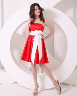 Strapless A-line Bow Satin Bridesmaid Dress