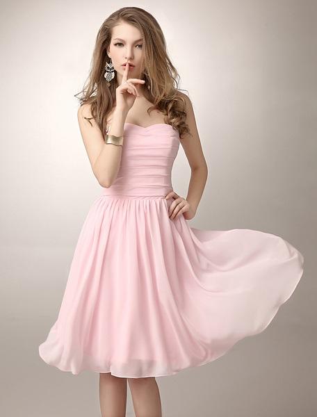 Elegant Ruched A-Line Sweetheart Neckline Knee-Length