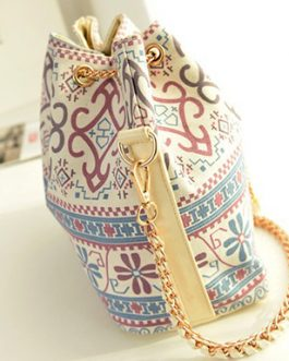Hobo Bag – Bold And Colorful Design
