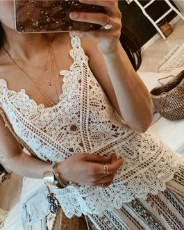 Holiday openwork lace outside wearing knitted boho vest