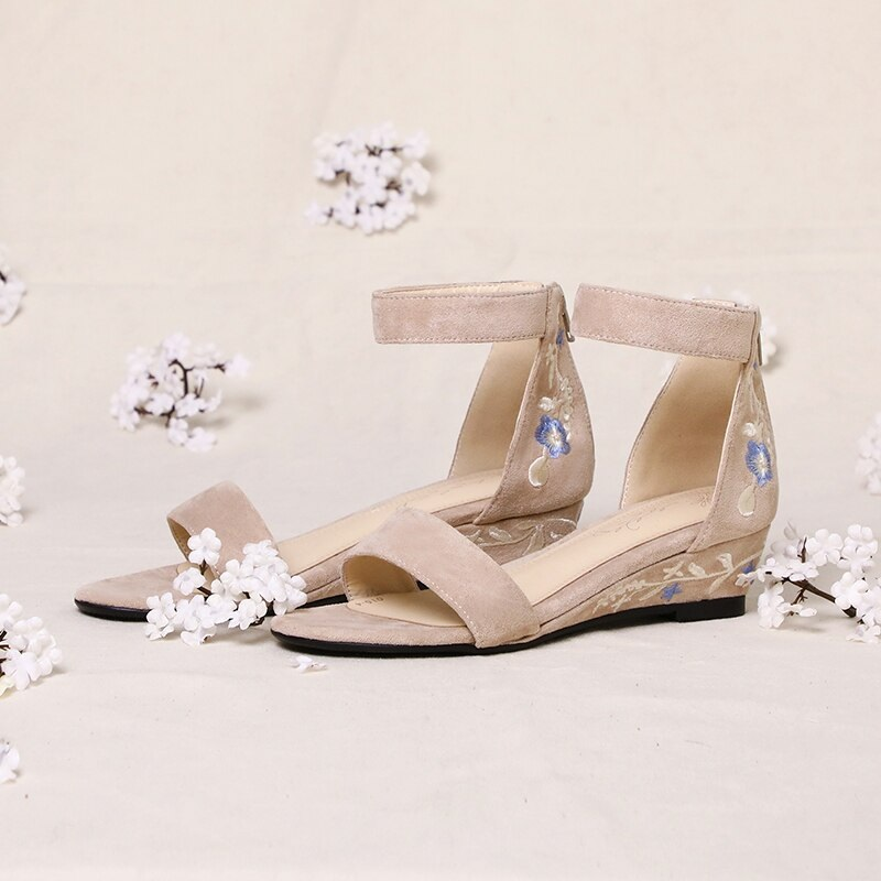 Ankle Strap Embroider ashion Casual Shoes 9.6