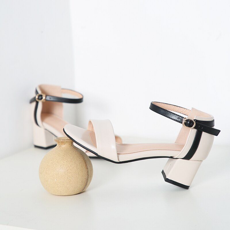 Ankle Strap Stitching Pu Thick High Heels Sandals 9.4