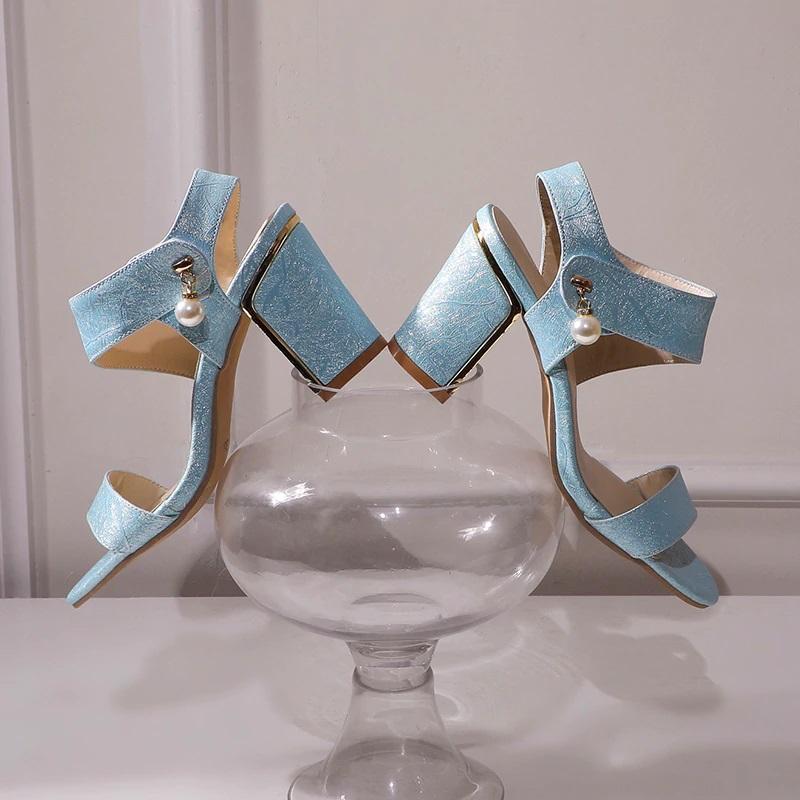 Block Heel Open toe Sandals 10.8