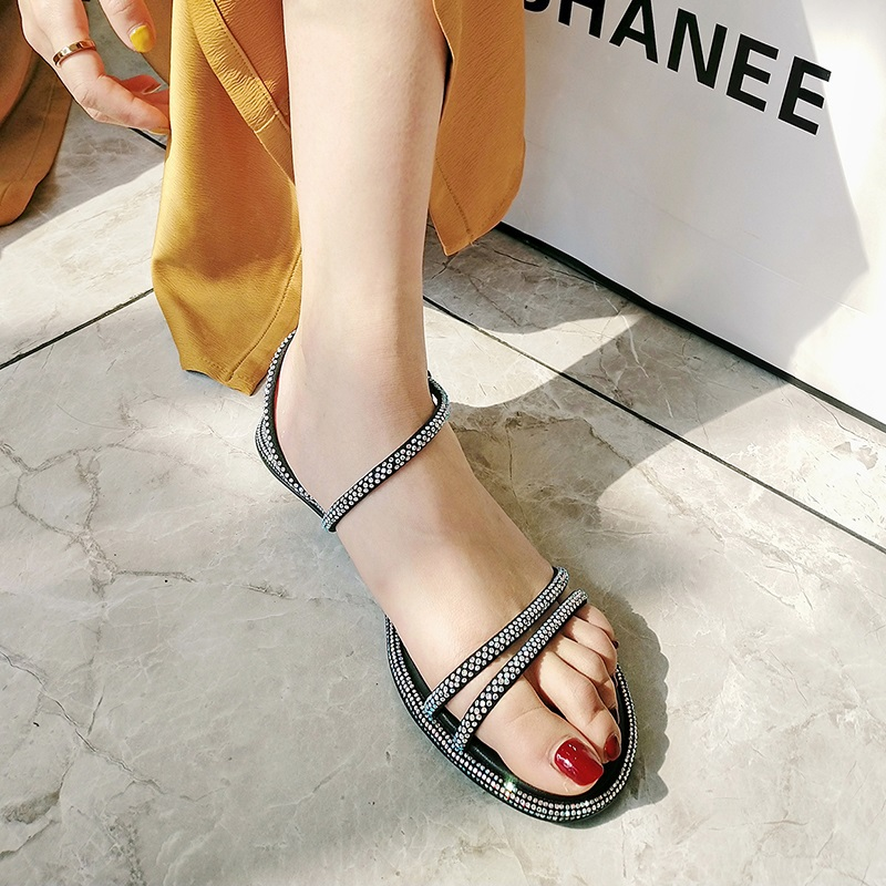 Casual Fashion Ankle Strap Flat Sandals 7.1 1
