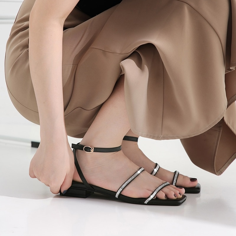 Crystal Low Heels Buckle Ankle Strap Casual Shoes 7.1