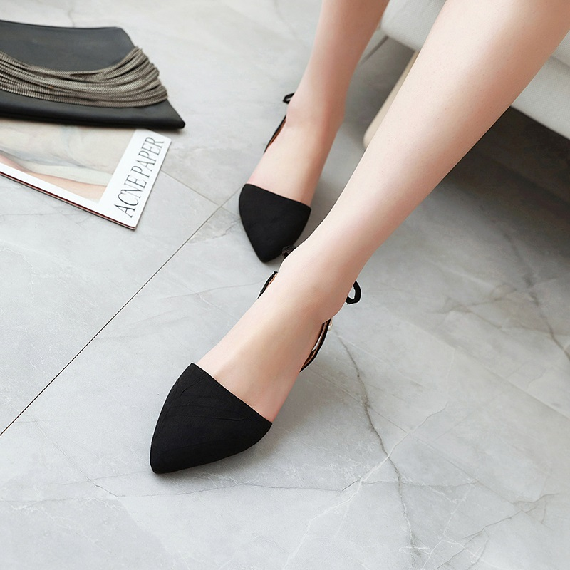 Fashion Pointed Toe Low Heel Sandal 10.1
