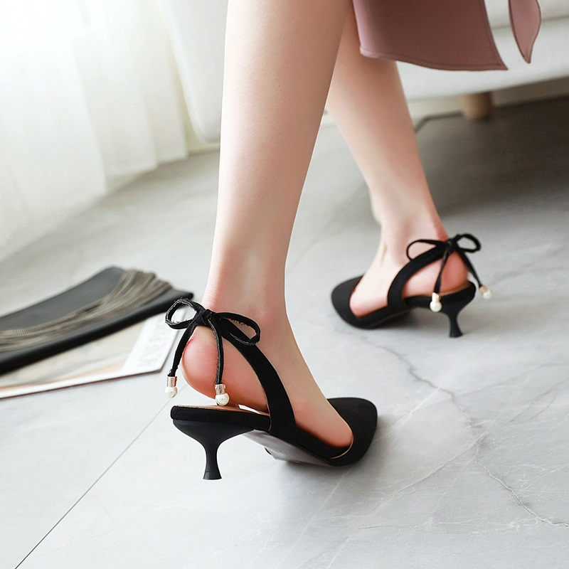 Fashion Pointed Toe Low Heel Sandal 10.2
