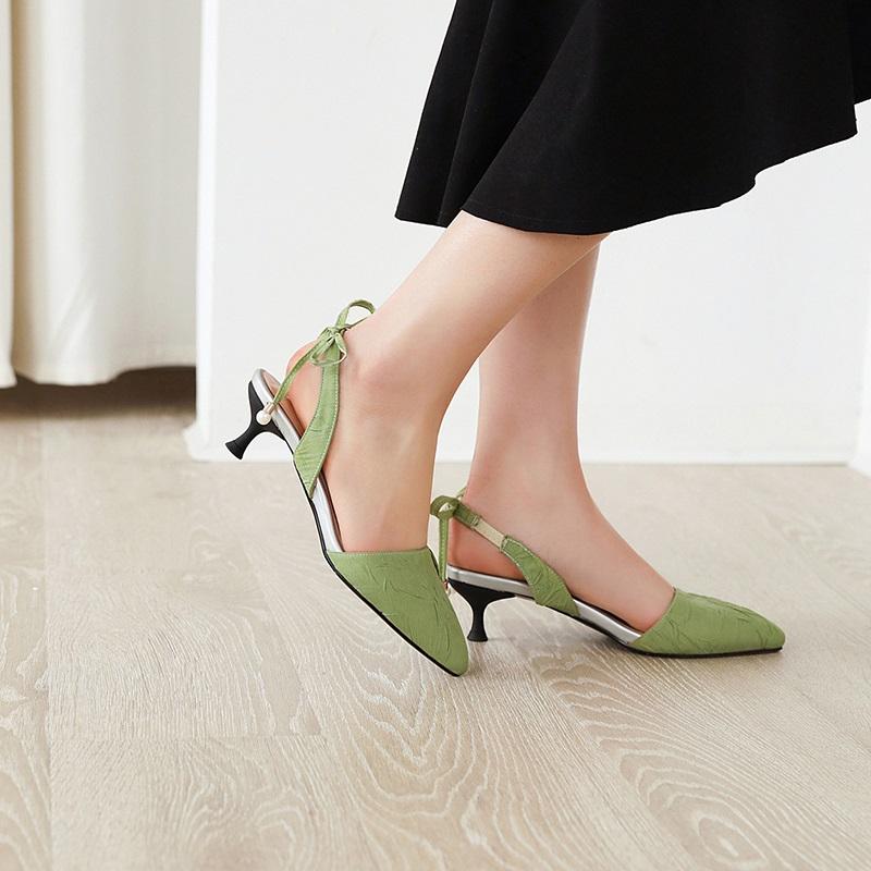 Fashion Pointed Toe Low Heel Sandal 10.3