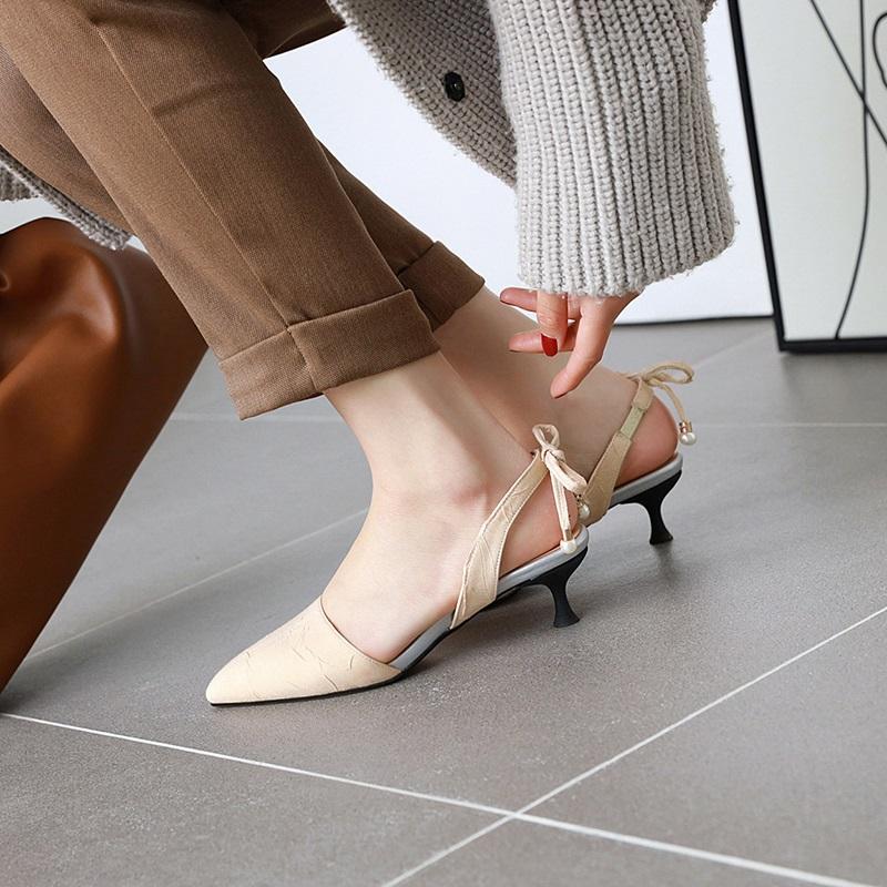 Fashion Pointed Toe Low Heel Sandal 10.6