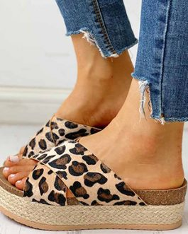 Wide Strap Wedge Sandals – Leopard Print