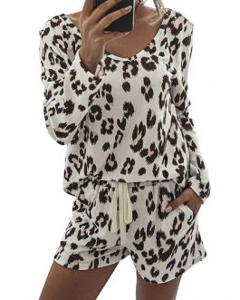 Polyester Leopard Print Casual Long Sleeves Jewel Neck Top With Shorts