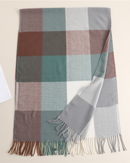 Luxury plaid warm fashion scarf