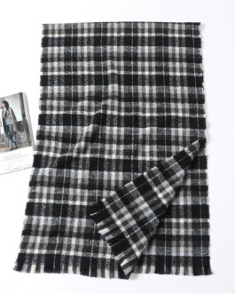 Cashmere Plaid Thick Knit Scarf