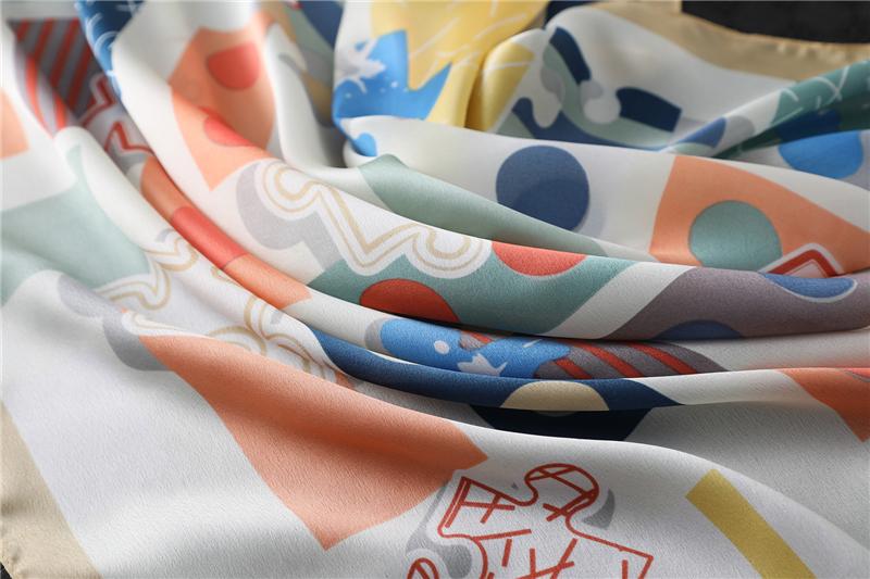 Design Print Lady Square Silk Scarf Shawls2