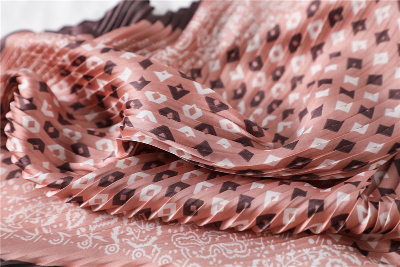 New Design Crinkle Dot Print Silk Scarf2