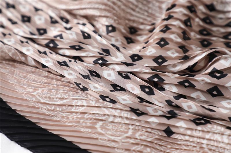 New Design Crinkle Dot Print Silk Scarf6