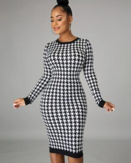 Houndstooth Long Sleeve Maxi Dress