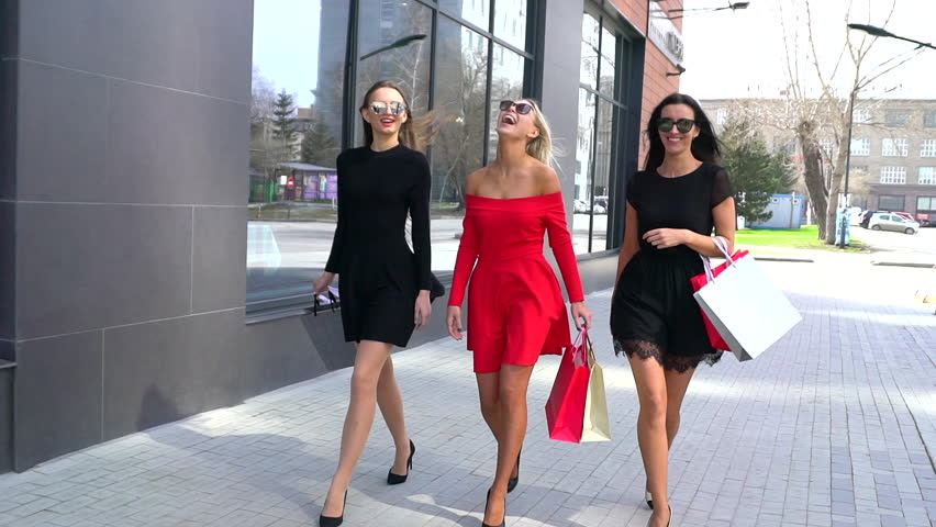 Lovely Valentine's Day Outfit Ideas You'll Love
