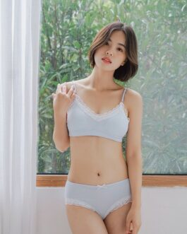 Comfortable Cotton Fabric Contrast Lace Design Soft Cup Bra Set
