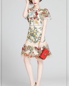 Gorgeous Flower Embroidery Hollow Out Slim Ruffles Dress Elegant Butterfly Sleeve O-Neck Party Dress Mesh Vestidos