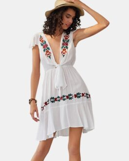 Floral Embroidered Bandage V-neck Bohemian Dress