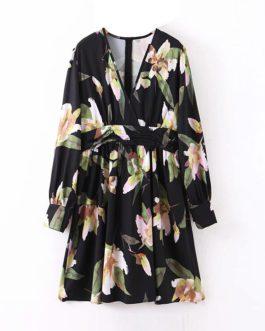 V Neck Pleated Loose Casual Long Sleeve Short Boho Beach Dresses